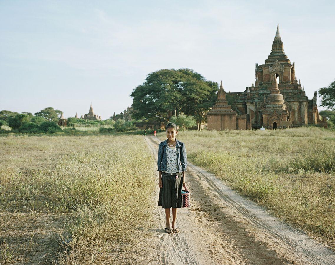 3_B07_Maedchen_Bagan